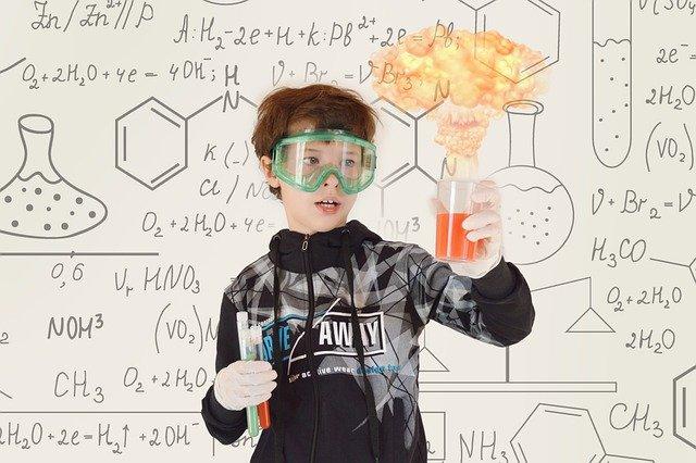 You are currently viewing Comment nos petites expériences scientifiques dégénèrent?